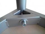 Stôl 80 x 80 cm / kovová podnož, lamino